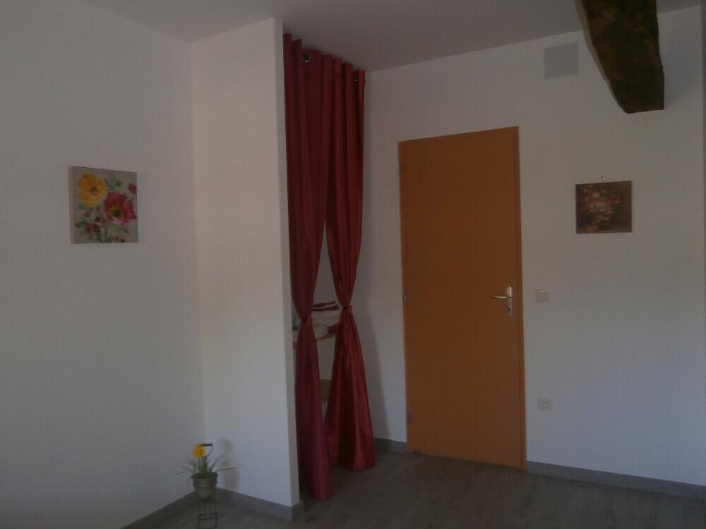 chambre d 39 h tes proche de rocamadour c t jardin. Black Bedroom Furniture Sets. Home Design Ideas