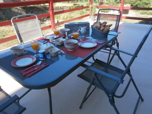 Chambres d'hôtes La Chomiarde dans le Lot (46) - Petit Déjeuner